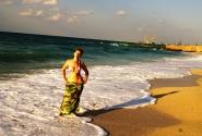 Малина на пляже