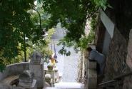 Лестница к базилике.