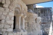 Древние стены  храма Николая Чудотворца в Демре