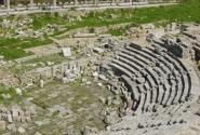 древний амфитеатр в Джабле