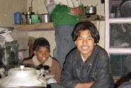 в домике тибетцев в горах