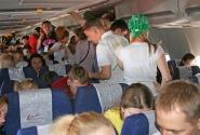 В самолёте весело