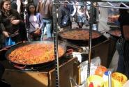 Так готовят испанскую паэлу на рынке Портобелло