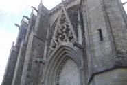 Каркасон-собор с химерами