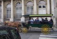 этот транспорт для туристов, а аньше такой и был...