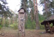 беседка в лесу