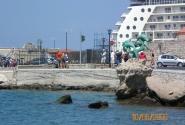 Порт Родоса и его символ - дельфины
