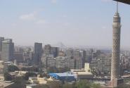 в хорошую погоду можно увидеть пирамиды Гизы (Хилтон,23 этаж)
