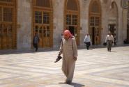 В Большой мечети, после молитвы