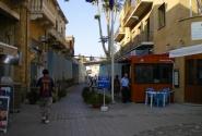 КПП на границе между греческой и турецкой частями Никосии