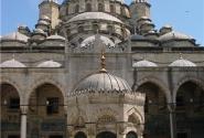 Новая мечеть - внутренний двор