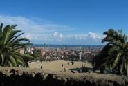 вид на Барселону из парка Гуэлль