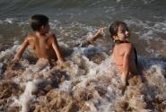 Лето, море, волны, П-Е-Е-Е-НА...