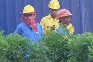 Закончен рабочий день.Строители в Дубае
