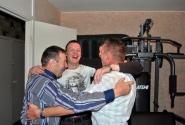 Весёлый танец красавцев мужчин
