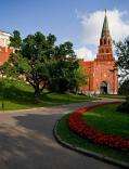 Боровицкие ворота Кремля будут закрыты для туристов до начала мая 2011 года