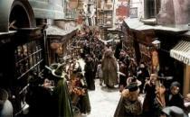 Фанаты «Гарри Поттера» скоро смогут пройтись по Косому переулку и отведать сливочного пива