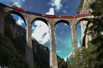 В Швейцарии вновь открылась горная железная дорога
