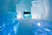 Крупнейший в мире ледяной отель начал работу