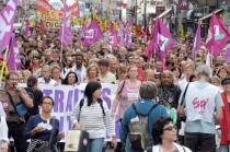 Во Франции продолжается всеобщая забастовка