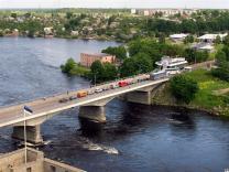 Новые правила пересечения границы с Эстонией на автомобиле - с 1 августа