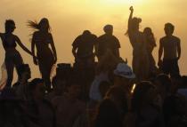 В Черногории пройдут бесплатные пляжные вечеринки