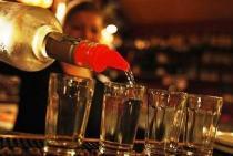 В Чехии предупреждают о возможности новых отравлений алкоголем