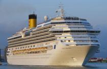 Россияне не пострадали при крушении круизного лайнера у берегов Италии