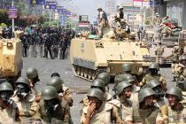 В Египте введен комендантский час