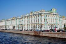 Петербургские музеи продлили часы работы