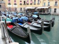 В Венецию возвращаются гондолы-паромы