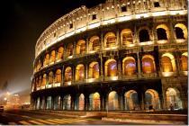 В Риме обрушился фрагмент стены Колизея