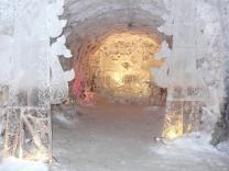 Первый круглогодичный ледяной отель появится в России
