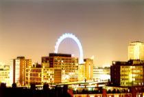 Aerosvit продает скидочные билеты из Москвы в Лондон