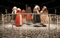 Выставка, посвященная истории дамского платья, проходит в Антверпене