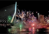 Роттердам проводит крупный портовый фестиваль