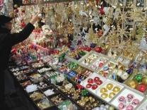 Рождественский рынок и каток в аэропорту Мюнхена
