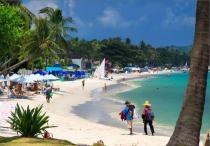 Туристы покидают тайские острова, оставшиеся без электричества