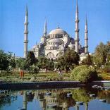 Стамбульскую площадь превратят в зеленую зону