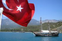 Горячая линия для российских туристов появится в Турции