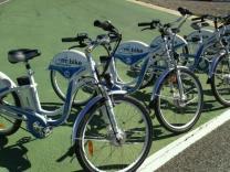 В Барселоне можно взять напрокат электрический велосипед