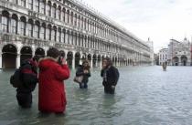 В Венеции - наводнение