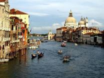 В Италии хотят ограничить посещение туристами Венеции