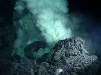 Близ Канарских островов проснулся подводный вулкан