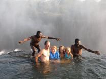 В Замбии можно искупаться в Бассейне дьявола