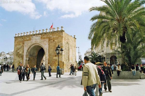 Ворота перед мединой г. Тунис