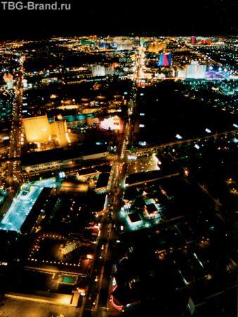 Вегас со смотровой площадки башни отеля Stratosphere
