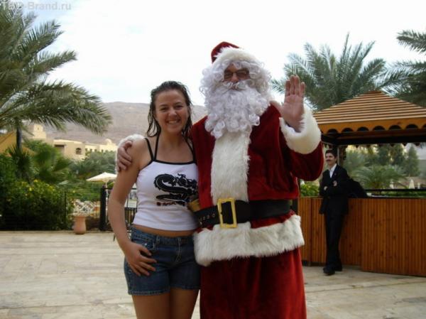 У SPA-центра поджидал Санта-Клаус (25 декабря)