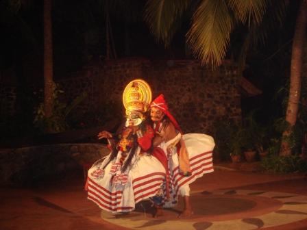 Катакали - национальные индийские танцы