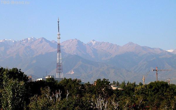 Заилийский Алатау. Вид со стороны Алматы